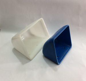 قاشقک پلاستیکی